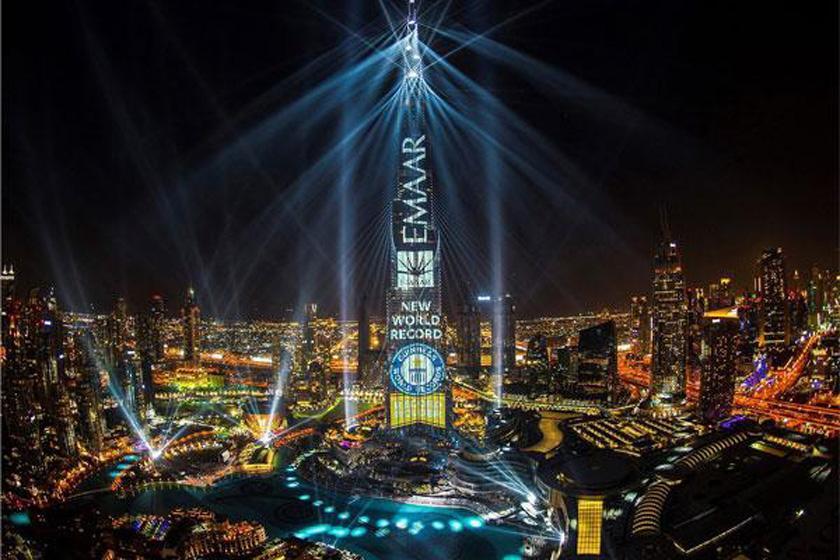 نورپردازی برج خلیفه دبی در جشن سال نو میلادی 2018