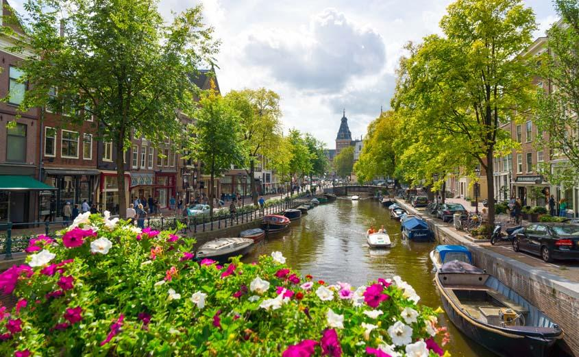 در بهار با کدام تور اروپایی سفر کنیم