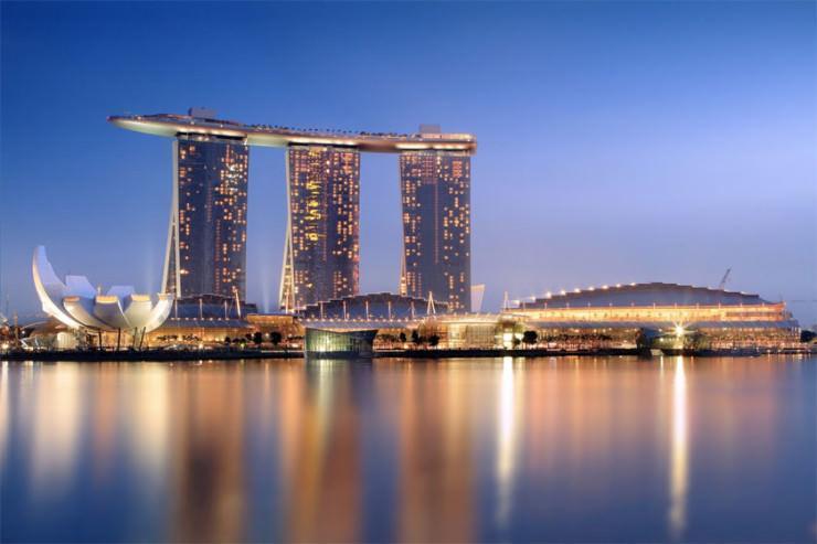 طولانیترین استخر بی نهایت و جاذبه های فراوان در مارینا بی سندز، سنگاپور
