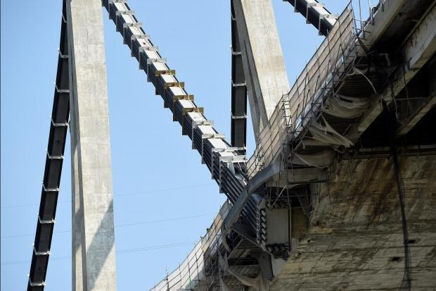 مهندسان در مورد وضعیت نامناسب پل جنووا هشدار داده بودند