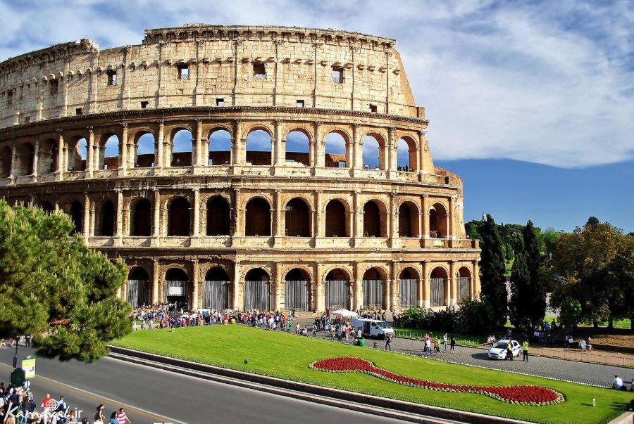 کولوسئوم رم ایتالیا، بنایی شگفت انگیز از عجایب هفت گانه