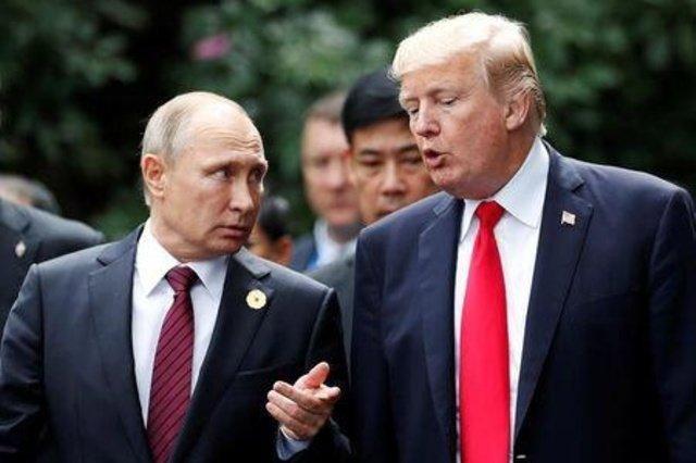 جاسوس سابق انگلیسی: روسیه، ترامپ را مثل موم در دست دارد