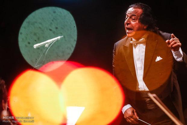 علی رهبری به ترکیه و اسلواکی می رود، اعلام برنامه کنسرت ها