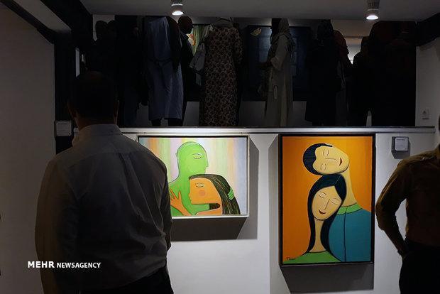 اعتراض منتقدان به نمایشگاه تهمینه میلانی، این نقاشی ها اصیل نیست