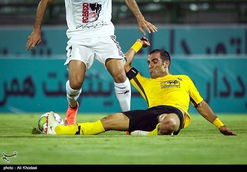 کیانی: در جام حذفی تیم های بزرگ هیچ امنیتی ندارند، حیف است تیمی با اشتباهات داوری امتیاز از دست بدهد