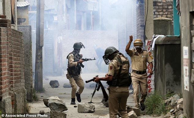 کشته شدن 5 تن به دست نیروهای هندی در کشمیر