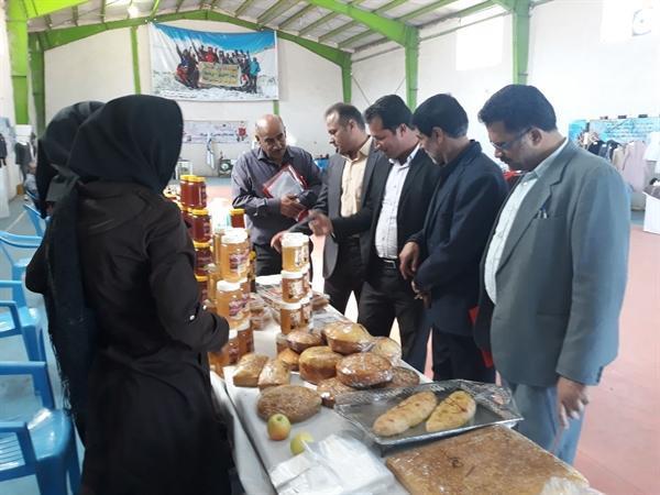 برگزاری نمایشگاهی از توانمندی های گردشگری و صنایع دستی در گلمکان خراسان رضوی