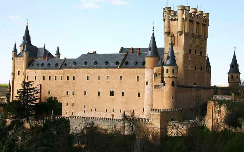 بهترین قلعه های اسپانیا برای بازدید