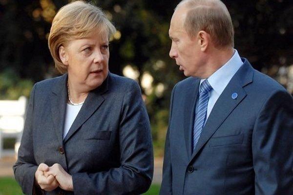 مرکل: آلمان خواهان تمدید تحریمهای اتحادیه اروپا علیه روسیه است