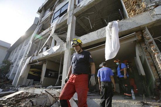 دولت اندونزی به خروج امدادگران خارجی از این کشور دستور داد