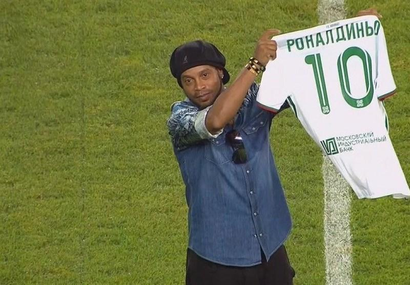 فوتبال دنیا، ضبط پاسپورت رونالدینیو با حکم دادگاه برزیل