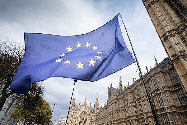 اظهار تاسف کمیسیون اروپا از تعلیق بانکهای ایرانی در سوئیفت
