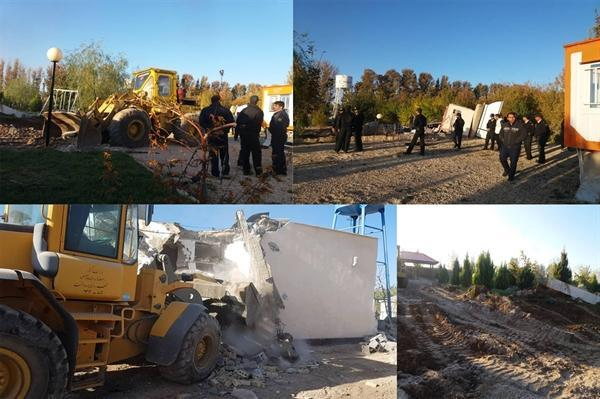 37 ساخت و ساز غیرقانونی در حریم درجه 2 تخت جمشید تخریب شد