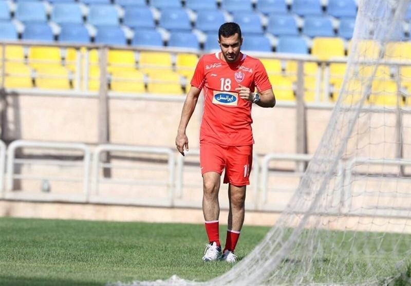 محسن ربیع خواه: کادرفنی باید از من راضی باشد نه من از خودم، در تمام بازی ها برای 3 امتیاز بازی می کنیم