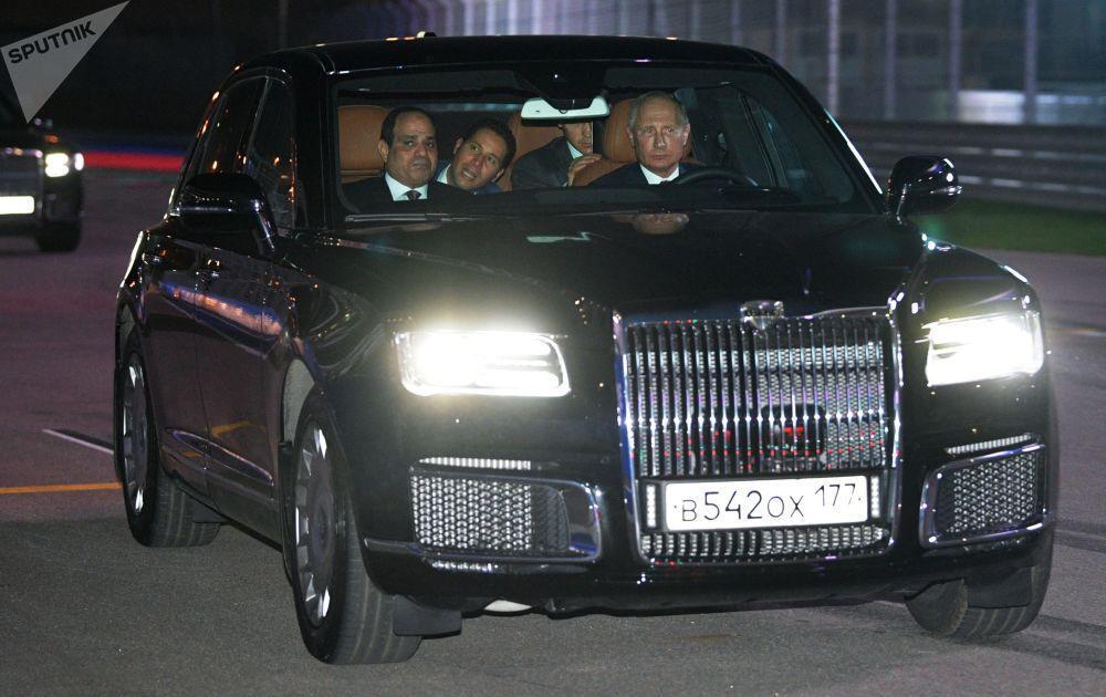تصاویری جالب و تماشایی از خودروهای مورد استفاده پوتین