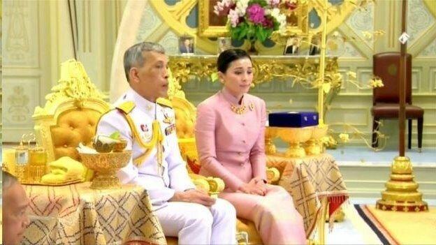 پادشاه تایلند با محافظ شخصی اش ازدواج کرد