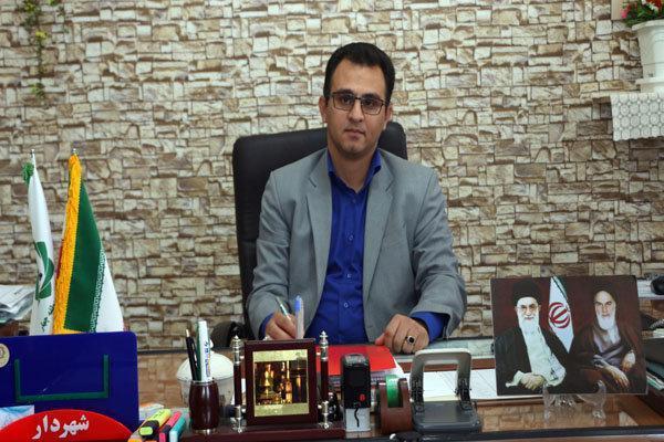 افزایش کیفیت آسفالت معابر شهر کرمان در دستور کار است