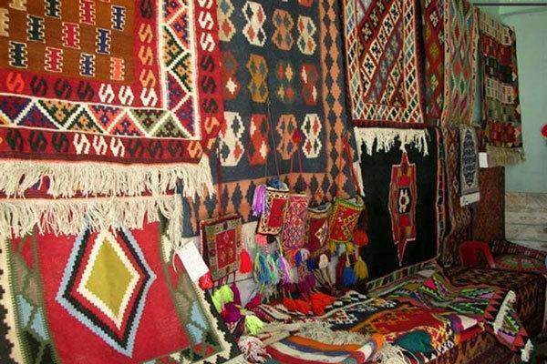 نمایشگاه صنایع دستی پارس آباد سال آینده به بهره برداری می رسد