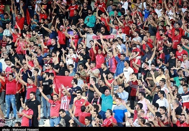 حاشیه دیدار استقلال - نساجی، حضور کمتر از 5 هزار تماشاگر و توهین هواداران 2 تیم به یکدیگر، سپیدرود تشویق شد