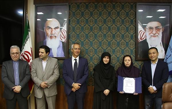 اعطای نشان جغرافیایی بین المللی به 7 اثر صنایع دستی ایران