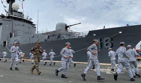 رزمایش آمریکا و چند کشور دیگر در خلیج فارس و دریای عمان