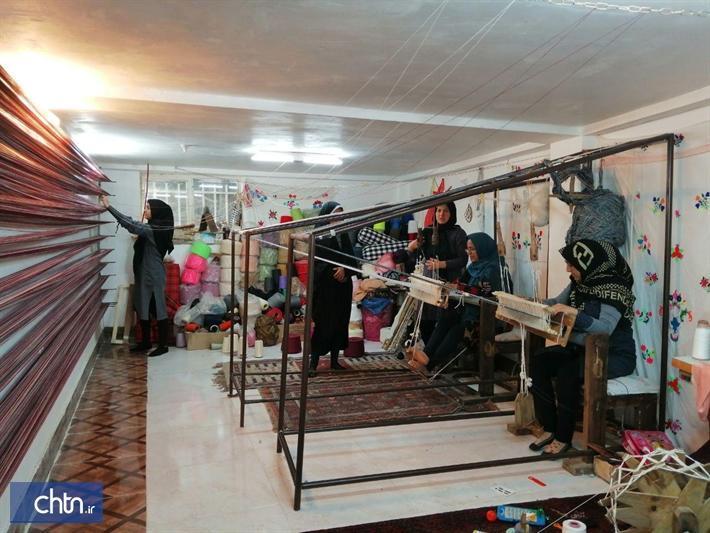 دوره های آموزشی صنایع دستی در راز و جرگلان برگزار گردید