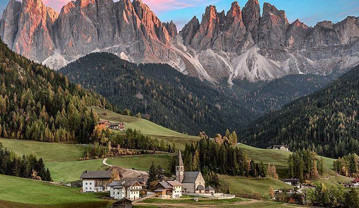 حال و هوای پاییزی برای توریست های عاشق کوه های دولومیت ایتالیا