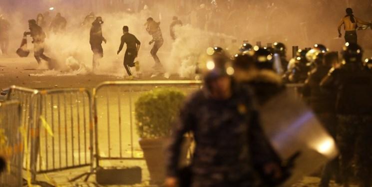 بیروت برای سومین شب متوالی با خشونت سپری شد