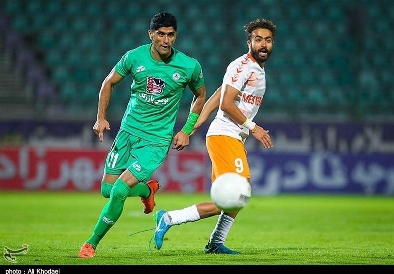 سخنگوی باشگاه ذوب آهن: توافق پرسپولیس با اسماعیلی فر صحت ندارد، بازیکنان آفریقایی فسخ نکرده اند
