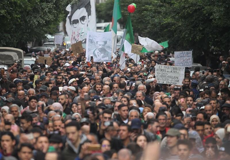 تظاهرات الجزایری ها در چهل و چهارمین سه شنبه پیاپی