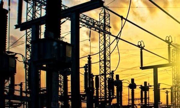 بهره برداری از 31 پروژه برق رسانی در اهواز