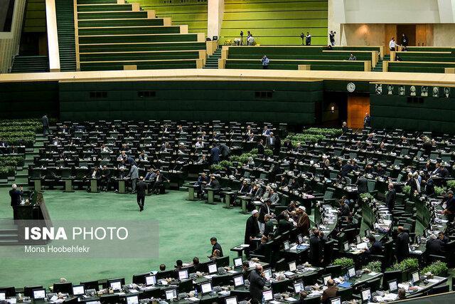 یک نماینده مجلس نباید در امور اجرایی دخالت کند