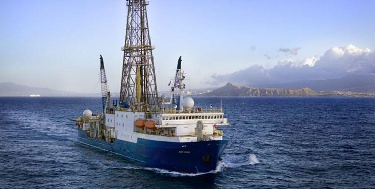 کشف میکرب زنده در عمق 800 متری اقیانوس
