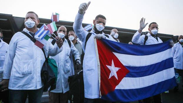 اروپا از پیشنهاد اعطای جایزه صلح نوبل به کادر پزشکی کوبا حمایت کرد