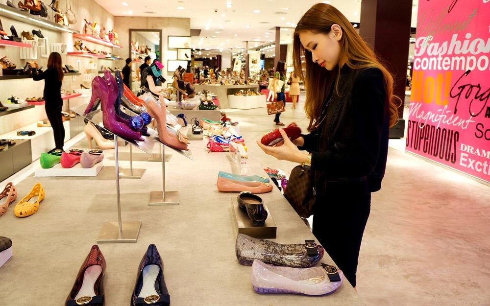 خرید کفش با کیفیت و ارزان قیمت در بانکوک