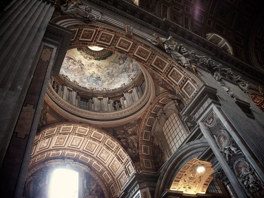 بازدید از جاذبه های گردشگری واتیکان در تور ایتالیا