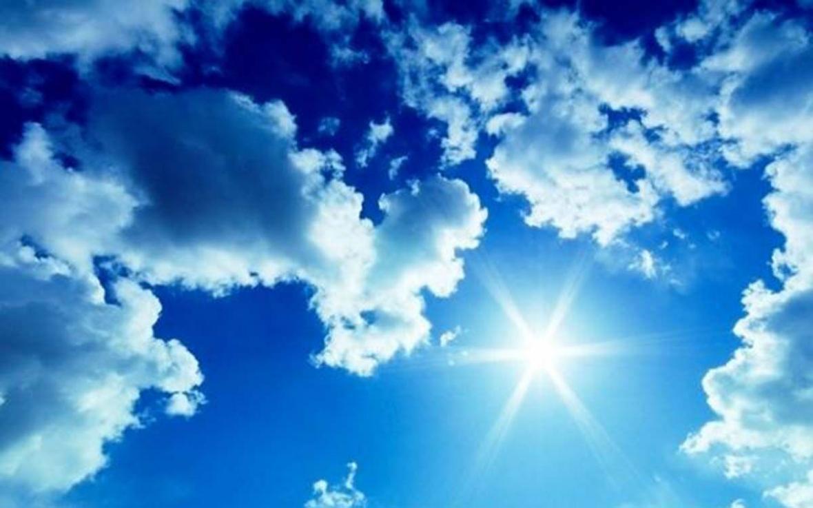خبرنگاران دمای هوا در استان مرکزی تا سه درجه سانتیگراد خنک تر می گردد