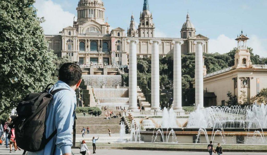 هرآنچه که باید درباره قیمت تور اسپانیا بدانید