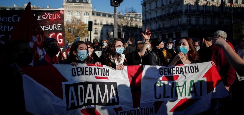 فرانسه؛ تظاهرات علیه ممنوعیت انتشار تصاویر پلیس، درگیری و بازداشت معترضان (