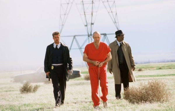 10 فیلم برتر درباره قاتل های زنجیره ای که باید ببینید