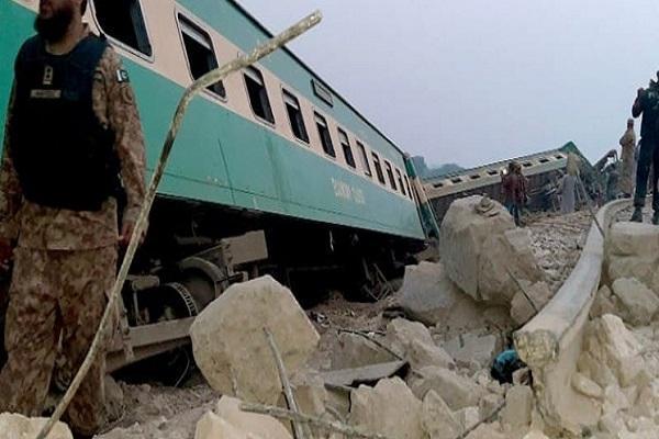 30 کشته و 50 زخمی در سانحه قطار در ایالت سند پاکستان