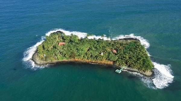 شش جزیره که با قیمتی کمتر از یک آپارتمان در اروپا می توان آن ها را خرید