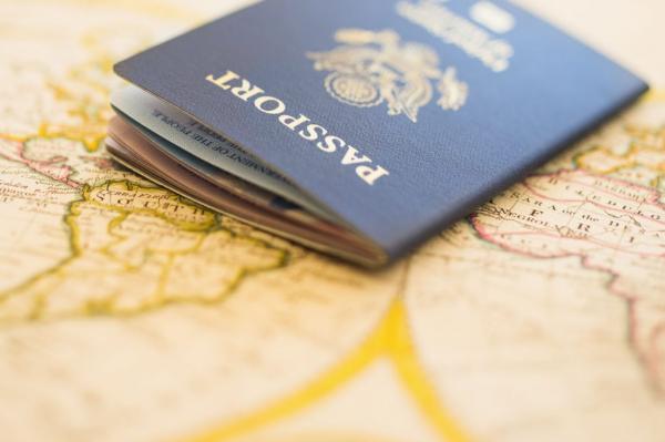 راه اندازی سامانه گذرنامه های سلامت در فرانسه