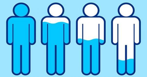 کم آبی بدن چطور شما را چاق و بیمار می نماید؟